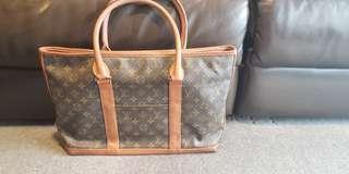 authentic louis vuitton m42425 bag overnight sac