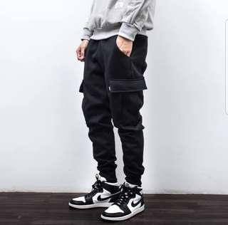 🚚 INSTOCK CARGO SWEATPANTS
