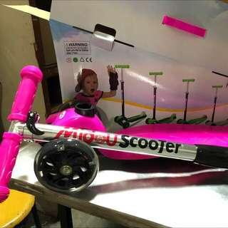 Foldable scooter wheels with light