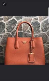 🚚 Prada Safiano Bag