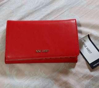 Bnew nine west red wallet
