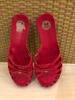Authentic Zaxy Slippers US7