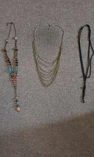 3 Pieces Necklace Set with Necklace Stand