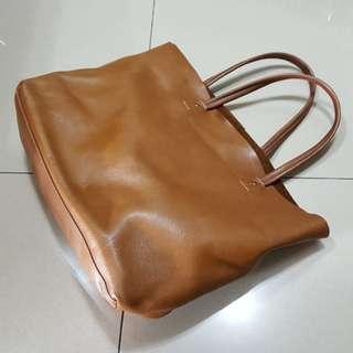 駝色手提包