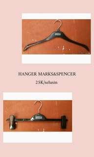 Hanger olshop