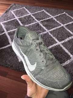 Nike glitter runners