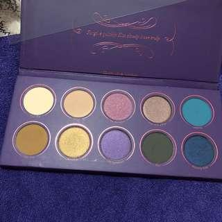 Zoeva LOVE IS A STORY eyeshadow palette