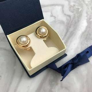 🚚 《桃園》美國 復古 珍珠夾式耳環