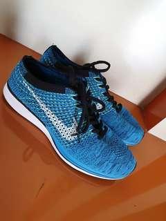 Sepatu nike flyknit blue kw super