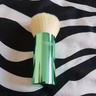 L'oreal Powder Brush