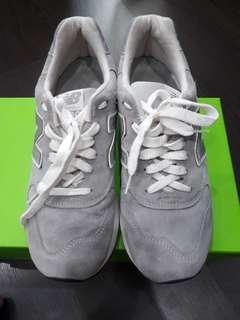 🎈PRICE DROP 🎈New Balance 1400 USA  casual shoes