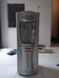 Dispenser sanyo dan modena