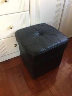 Sofa 小椅