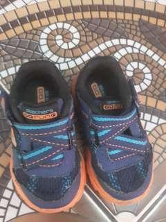 Sepatu skechers go run