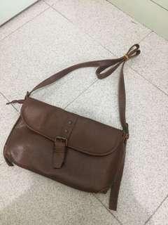 [80%新] 韓國啡色斜咩側咩手袋仔handbag