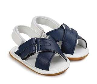 🚚 BN Baby Boy White/Navy Boat Sandals/ Crib Shoes/ First Walkers 12-18mths 13cm! Anti Slip! Ready stock