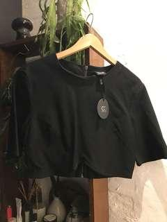 3/4 sleeve black crop