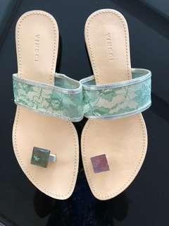 Vincci size 8 sandal atau size 40