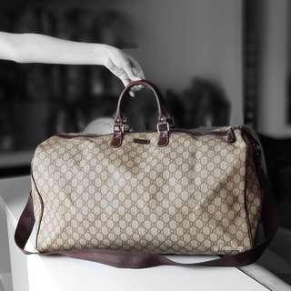 Authentic Gucci GG Supreme Duffle Travel Bag
