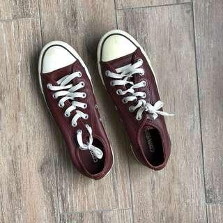 Converse Maroon Leather Chuck Taylor All Star