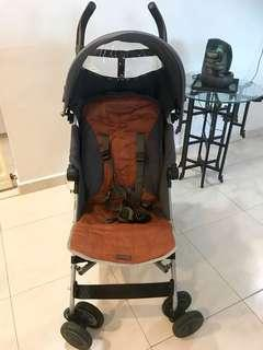 """USED MACLAREN LIGHTWEIGHT STROLLER, MINT CONDITION, FAST DEAL""""$120.00"""" NEGOTIABLE"""