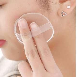 (包郵 二個)矽膠粉撲-  霜粉底專用 透明服貼( 不浪費粉餅 碎粉 )