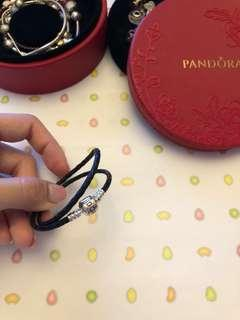 Pandora 黑色雙圈皮手帶