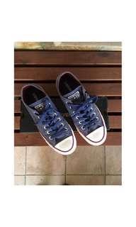 Original Converse Chuck Taylor All Star Ox Sneakers