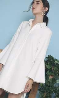 🚚 BNWT Anais Trumpet Shift Dress White