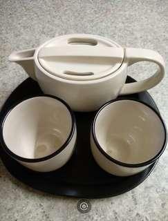 套庄茶具(全新)