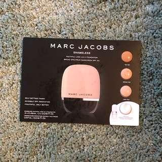 包郵Marc Jacobs foundation & primer sample