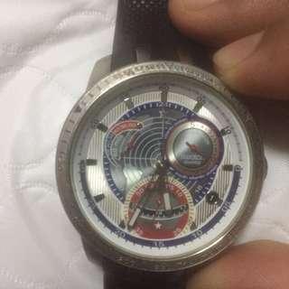 Jam swatch untuk dijual