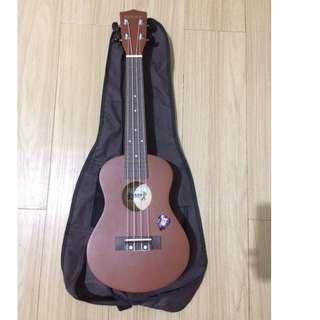 UKULELE W/ CASE AND PICK