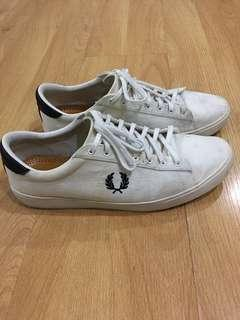 Fred Perry Sneakers (Size 11)