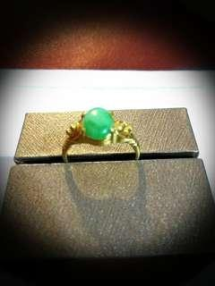 Jade Ring 916 gold.