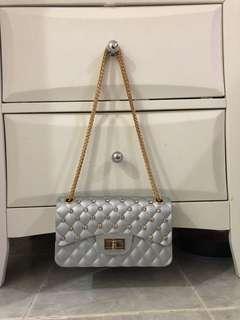 Crossbody bag / sling bag / bag silang