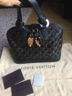 ❤️FREE❤️ inspired Louis Vuitton Alma PM