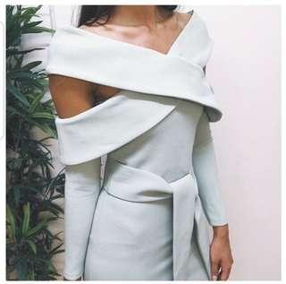 Elliatt off shoulder dress