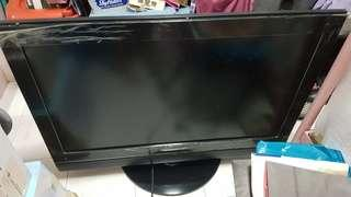 Daewoo TV 42 inch fully functioning