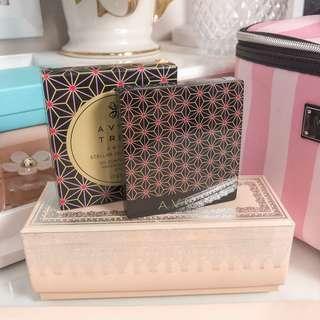 Avon stellar celebration oil control plus pressed powder SPF 19 • shade natural • with box