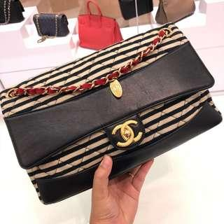 💙Super Good Deal!💙 Chanel 2-in-1 Flap in Striped fabric, smooth leather and GHW