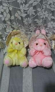 兔兔毛公仔一對