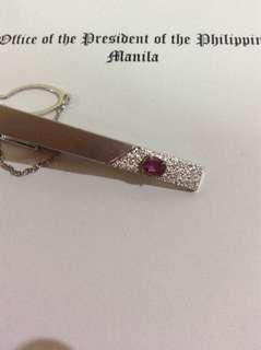 Vintage Silver tie clip with pink stone