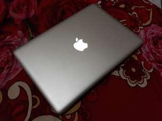 Macbook Pro core i5 2.5ghz 13 inch 2012 model 4gb ram 500gb