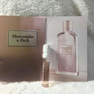🚚 Abercrombie & Fitch First Instinct 同名經典試管香水~