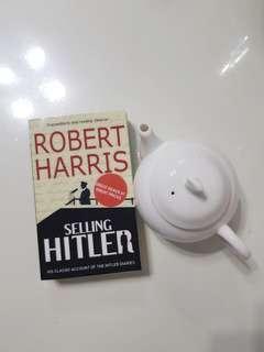Selling Hitler by Robert Harris
