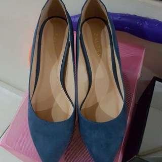 Heels, hak tinggi, sepatu wanita, sendal wanita