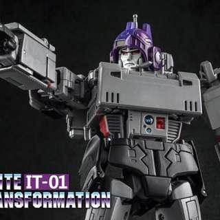 Transformers Infinite Transformation - IT-01 Emperor of Destruction aka Megatron (MISB)