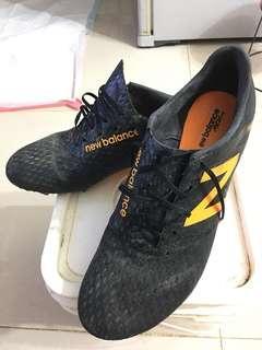 NB 釘鞋