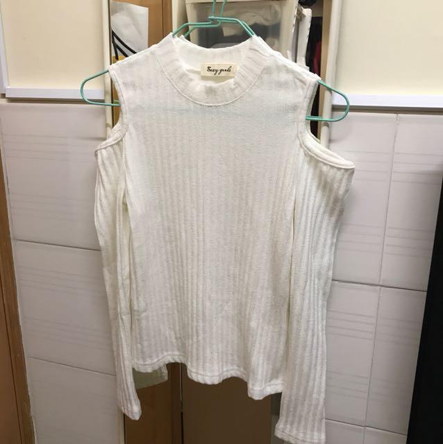 全新白色露肩顯瘦上衣(長袖)